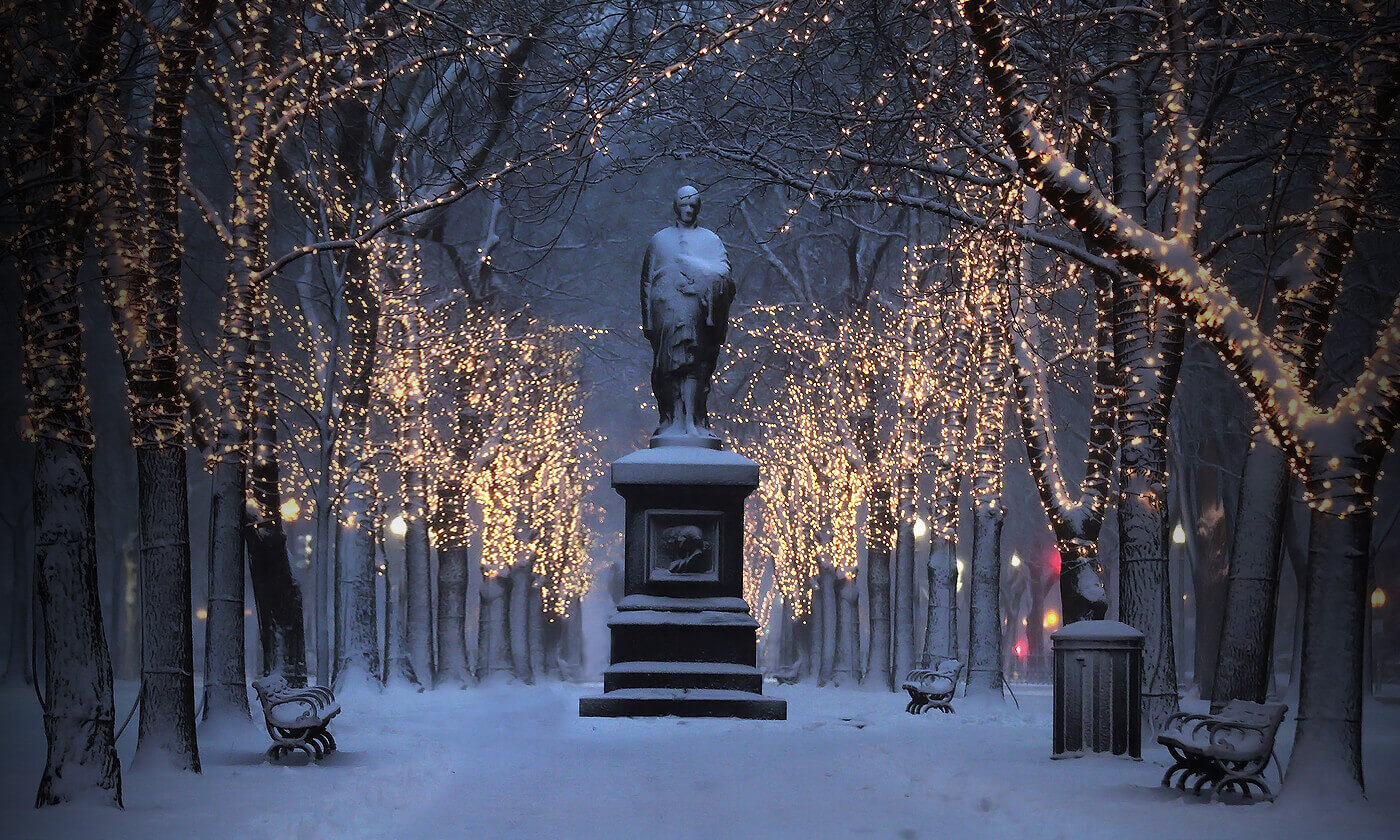Best Places To See Christmas Lights In Boston | WeekendPick